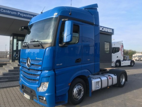 Picture: Mercedes ACTROS Standard