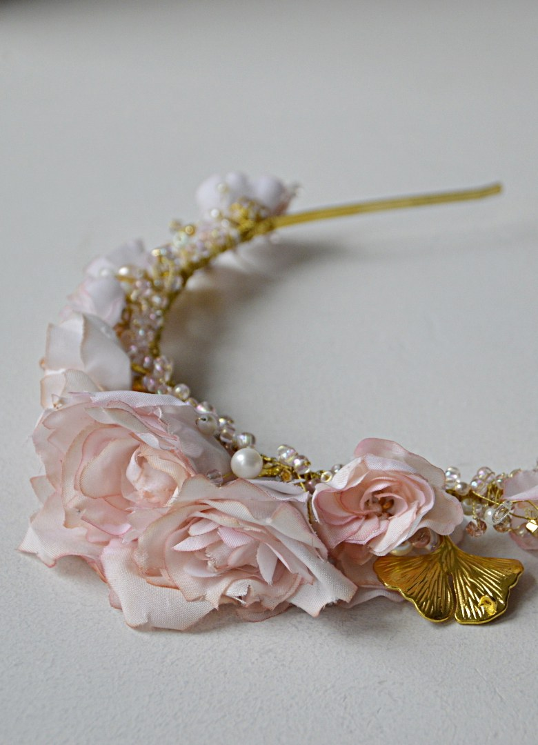 Opaska tiara z kwiatami numer 277