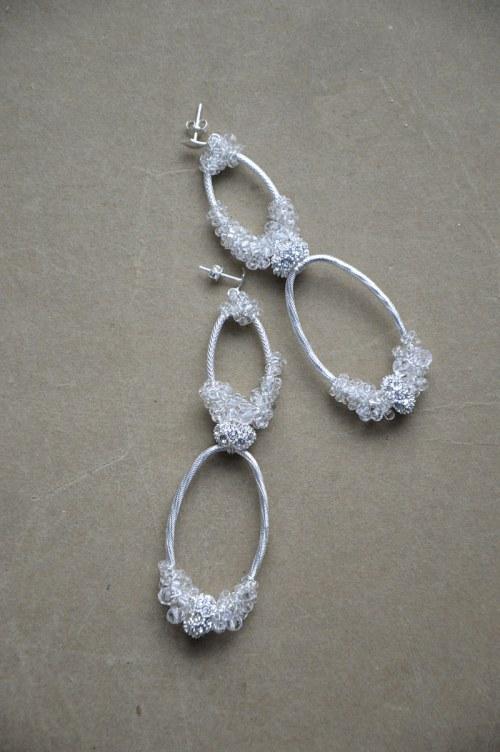 Delikatna kolczyki z kryształkami numer 378
