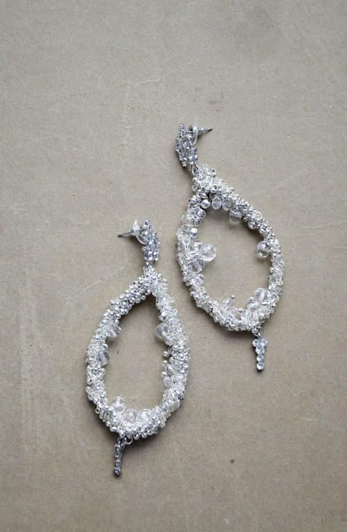 Kryształowe kolczyki numer 375
