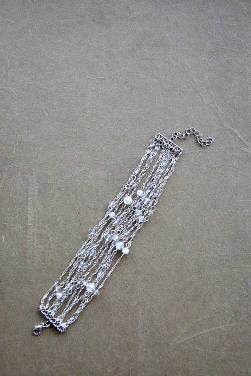 Delikatna łańcuszkowa bransoletka numer 372