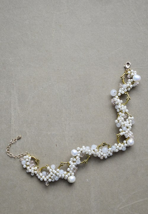 Bracelet with pearls no. 376