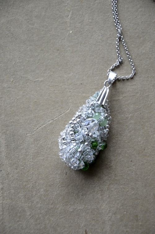 Crystal pendant no. 402