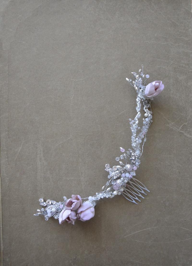 Grzebyk z kwiatuszkami numer 411