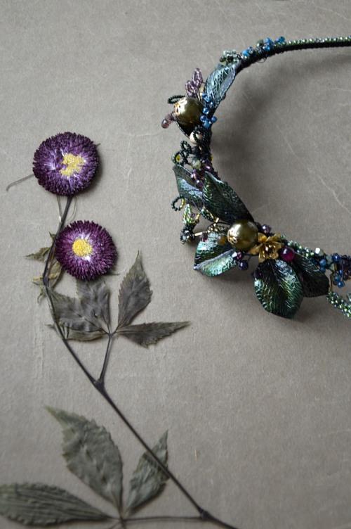 Floral hair adornment no. 416