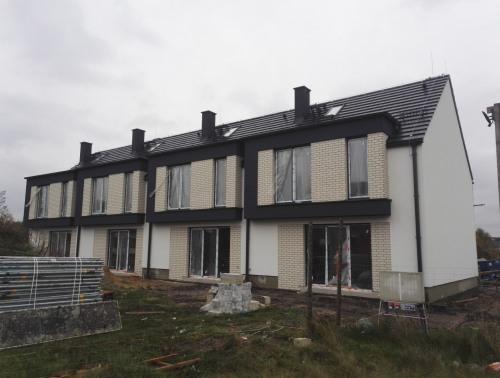 Budowa dwóch domków w zabudowie bliźniaczej cztero lokalowych oraz jedneko domku dwu lokalowego