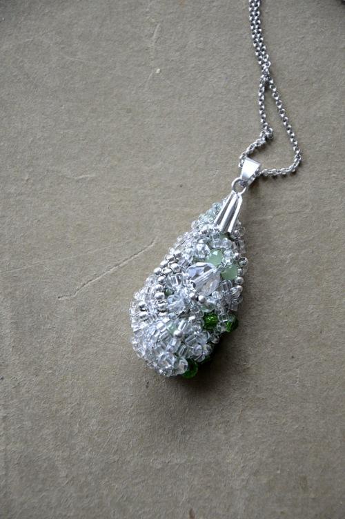 Crystal pendant no. 402