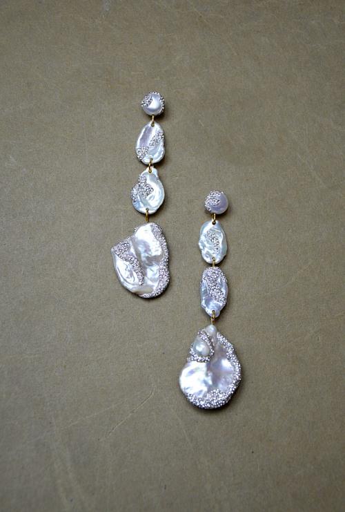 Pearl earrings no. 446